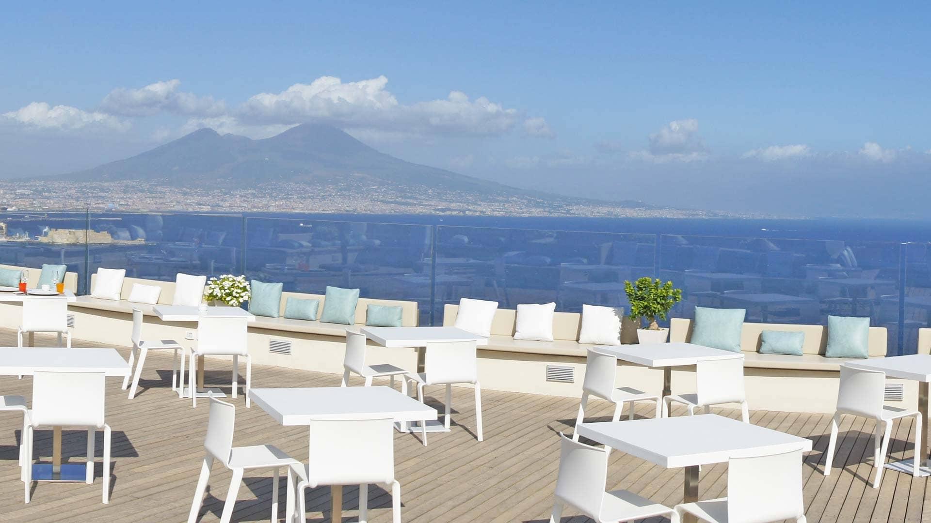 Matrimoni Spiaggia Napoli : Le migliori ville per matrimonio a napoli grande e perna