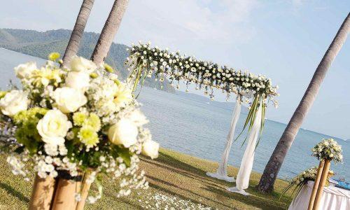 Matrimonio in spiaggia: 7 idee per organizzare un evento favoloso